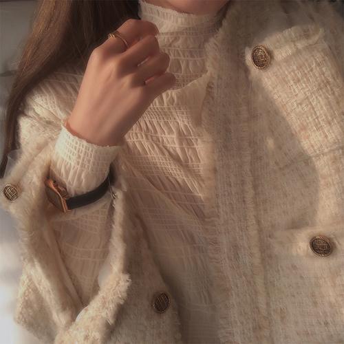莫欣欣 温柔小女人亲肤舒适弹力半高领内搭雪纺蕾丝打底衫女上衣