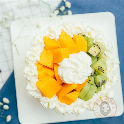 水果奶油戚风蛋糕