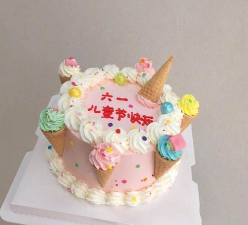 脆筒脆皮蛋筒糖果包邮葫芦冰激凌小号迷你甜装饰蛋糕